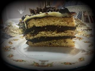 DRIP CAKE DE CHOCOLATE (Desafío dulce del Marzo)
