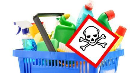 Cómo contaminamos el aire del hogar con sprays purificadores