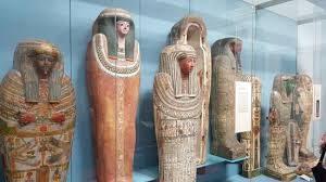 Soñar con sarcófagos: Interpretaciones y simbología onírica.
