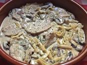 Tallarines lomo, champiñones roquefort