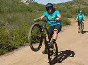 Técnica para hacer caballito bicicleta montaña