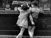 Este jueves..............primeros amores infancia
