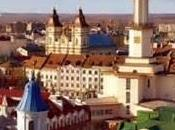 Pascua 2017 Ucrania: vuelo noctámbulo casi bohemio, escala inverosímil