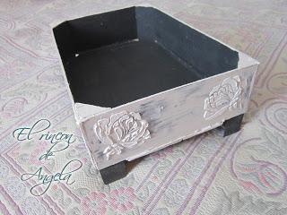 Como reciclar una caja de fresas y decorarla estilo - Cajas de fresas decoradas paso a paso ...
