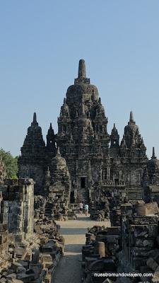 Prambanan; los templos hinduistas y Candi Sewu
