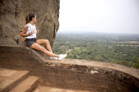 Sri Lanka, V