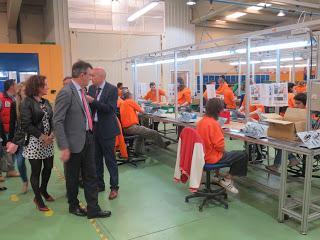 El presidente de la Diputación de León reitera su compromiso con la integración social y laboral de los discapacitados durante su visita a Soltra