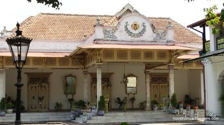 Yogyakarta; de los sultanes a las playas del Índico