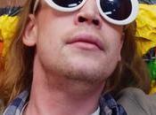 Macaulay Culkin hace Kurt Cobain 'Total Entertainment Forever' Father John Misty