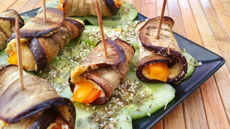 Rollitos de berenjena rellenas de hummus y zanahorias glaseadas