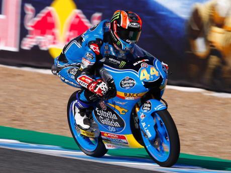 Canet consigue su primera victoria de Moto3 en Jerez