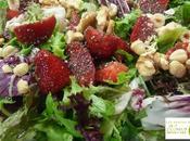 Ensalada verde vinagreta fresas