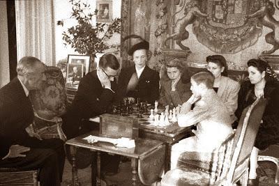 Partida de ajedrez Dr. Rey vs. Arturito Pomar, I Torneo Duque de Alba 1946