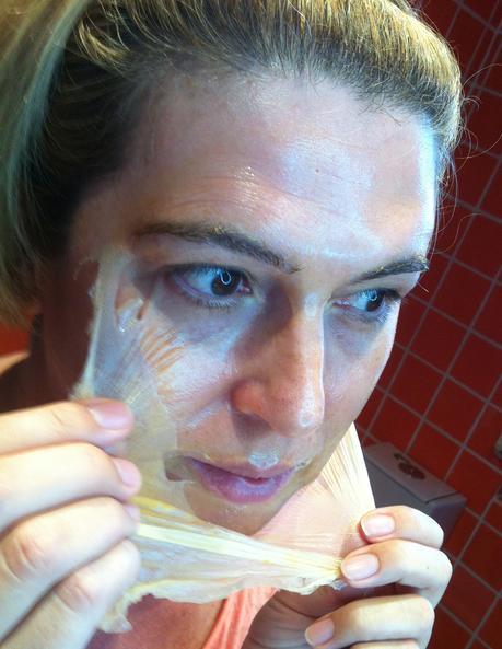 ¿Cuáles son los productos complementarios para el cuidado facial y cuándo usarlos?