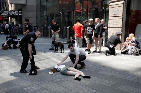 NOTICIA EN DESARROLLO: Al menos un muerto en un atropello masivo en Times Square