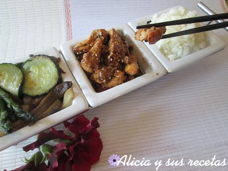POLLO TERIYAKI  Y  SU GUARNICIÓN