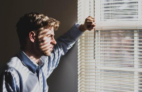 Enfocarse en las Creencias Centrales negativas de la depresión quizás no sea la mejor opción