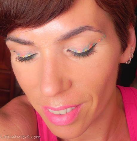 Paso a paso: Maquillaje con delineado floral