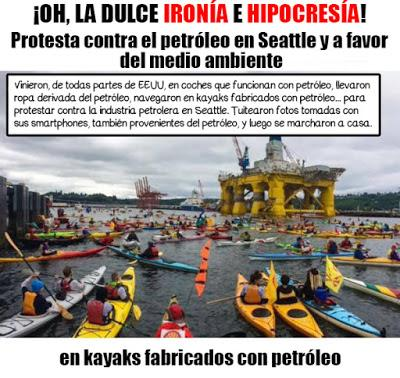 Manifestación contra el petróleo usando petróleo