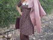 Outfit granates rosas