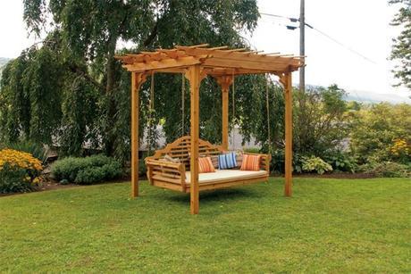 cuatro-ideas-para-colocar-una-pergola-de-madera-en-el-jardin-4