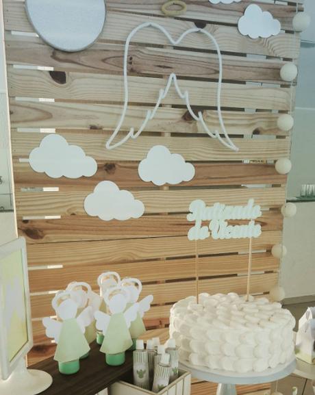 10 ideas para un bautizo con palets paperblog for Ideas para decorar un bar rustico