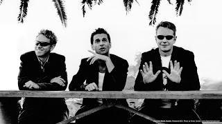 Depeche Mode - I feel loved (2001)