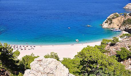 playa apella isla karpatos