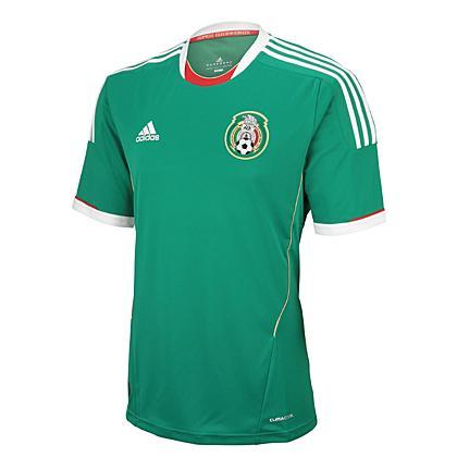 Nueva camiseta Adidas de la Selección Mexicana; temporada 2011-2013 (?)