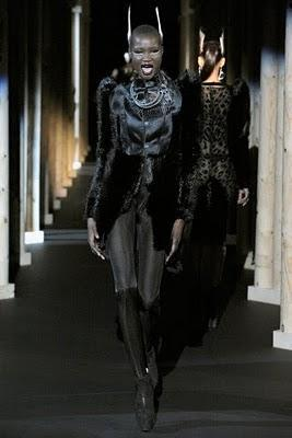 PARIS FW: Mugler Fall 2011