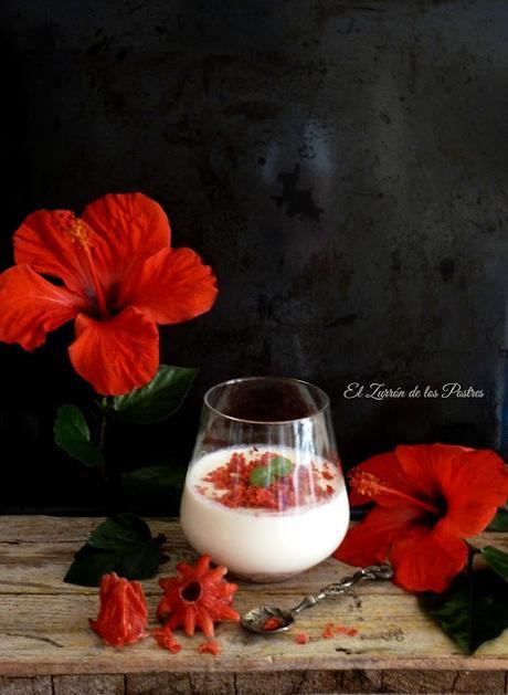 Panna Cotta con Flor de Hibisco