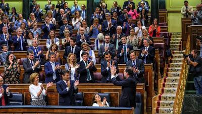 Los cargos públicos españoles que más cobran y los bancos que financian la industria militar.