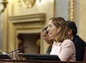 cargos públicos españoles cobran bancos financian industria militar.