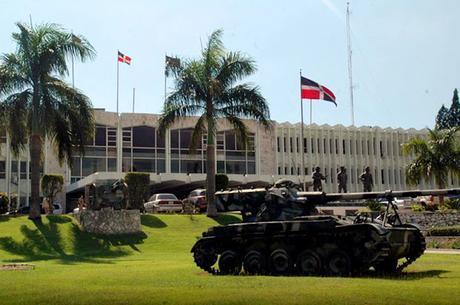 FFAA RD explica actuación contra civil vestía ropa militar en Marcha Verde.