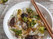 Tallarines arroz kale crujiente