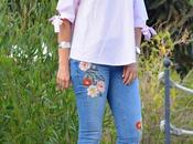 Zara embroidered jeans outfit