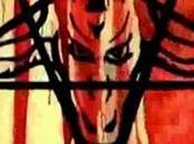 Encarnação Demônio (2008), Caixao