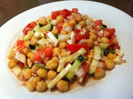Ensaladas de verano con legumbres en tarro