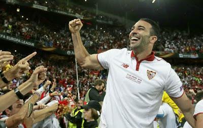 Adil Rami se marcha del Sevilla FC