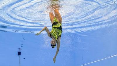 Ona Carbonell , medalla de plata en  sincronizada