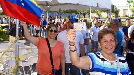 Venezuela define hoy su camino en plebiscito