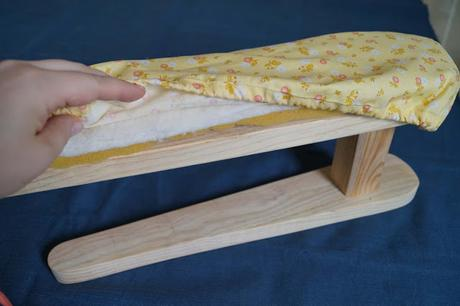 Tutorial: forrar un manguero / Tabletop ironing board cover tutorial