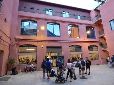 De visita al primer Pixel Meet Market, en Barcelona.