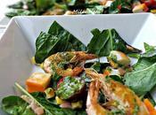Ensalada espinacas frescas frutos
