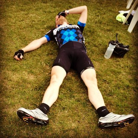 ¿Qué causa y como combatir la fatiga en la bicicleta?