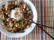 Pollo setas bambú