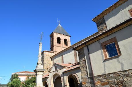 Iglesia de Santiago de Villares de Órbigo, Camino Francés.