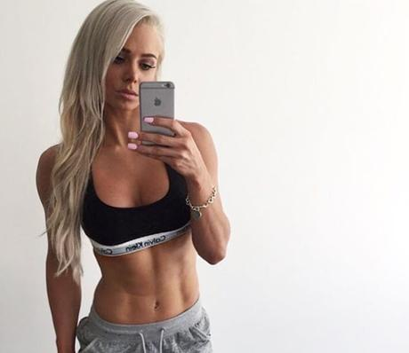 Lauren Simpson y su increible cuerpo una de las exponentes del Fitness