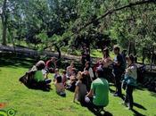 Tres escolares cien especies aves parques Madrid