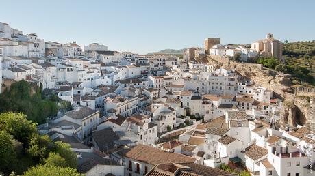 Setenil de las Bodegas Ruta pueblos blancos Andalucia